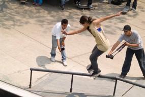 Black Board Womens Skate Contest